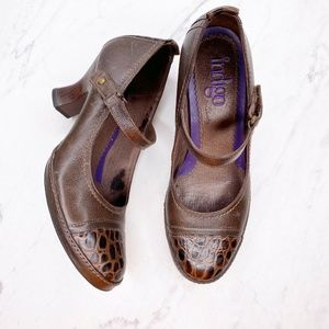Clarks Indigo Brown Mary Jane Heels Pumps Shoes 7